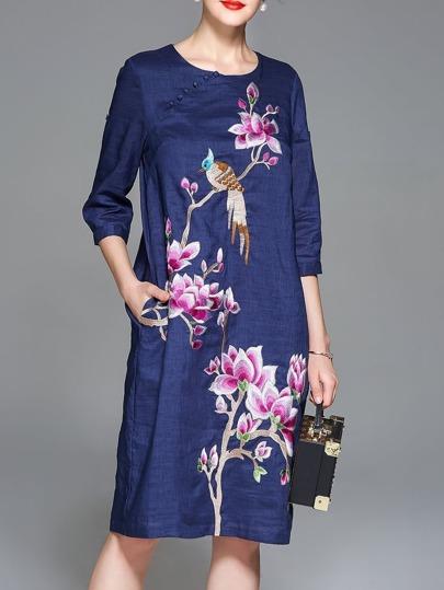 Kleid mit Blumen&Vogel Stickereien und Taschen