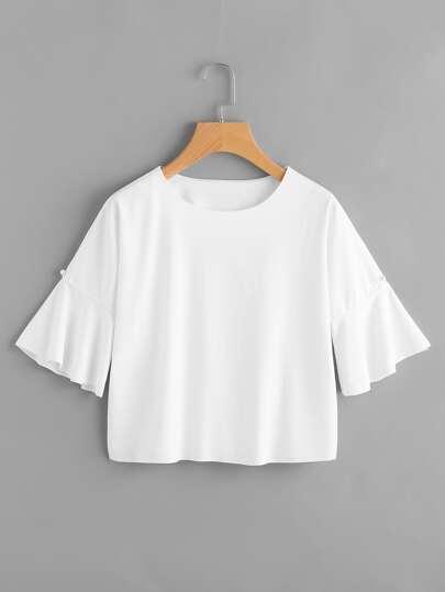 T-Shirt mit Glockärmeln und Kunstperlen