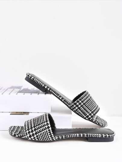 Sandalias de cuadros en dos tonos