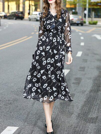 V Neck Ruffle Sheer Print Dress