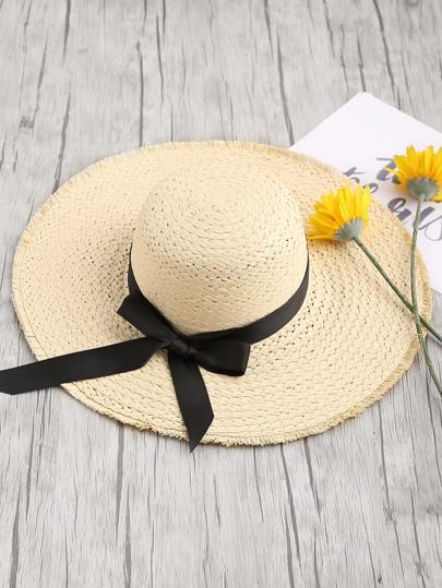 Sombrero fedora de paja con ribete deshilachado