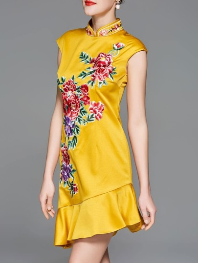 Collar Flowers Embroidered Asymmetric Dress