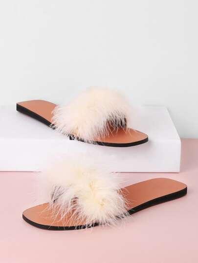Sandales à fond plat en cuir faux