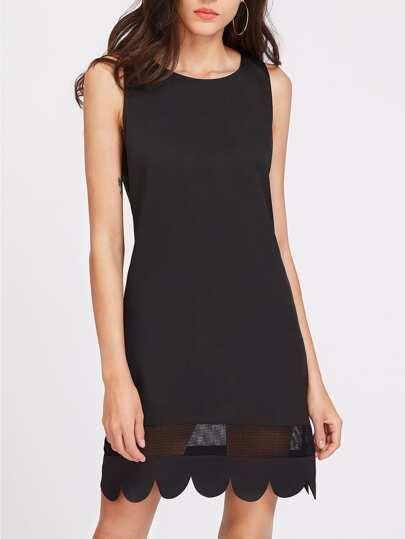 Kleid mit Netzeinsatz und Randverzierung