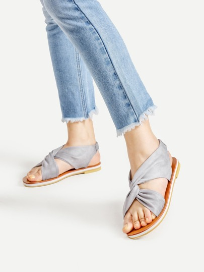 Twisted Casual Flat Sandals