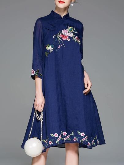 Flowers Embroidered Vintage Shift Dress