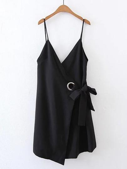 Cami Kleid mit doppel V-Ausschnitt und Ringdetail