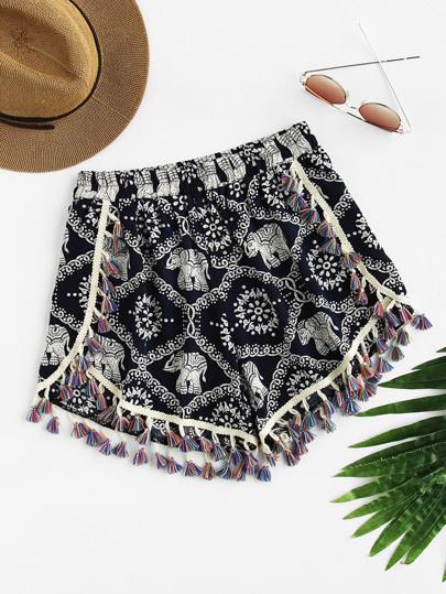 Shorts con estampado y borlas