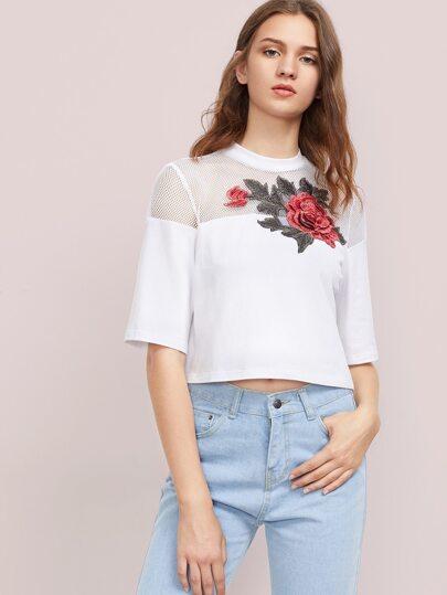 Camiseta en rejilla de canesú con parche