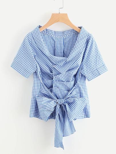 Blusa de cuadros con cordón en la parte delantera