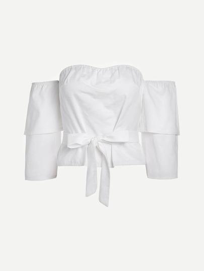 Модная блуза в полоску с поясом и открытыми плечами
