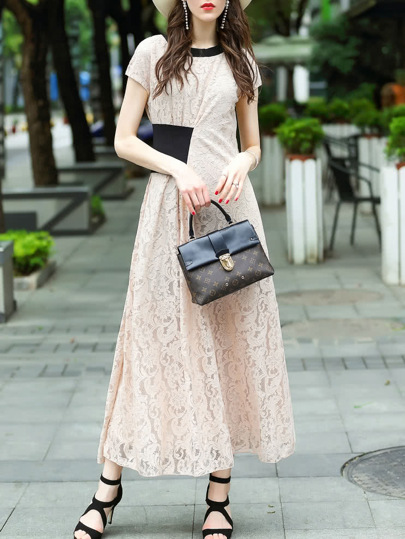 Color Block Pleated Lace Dress