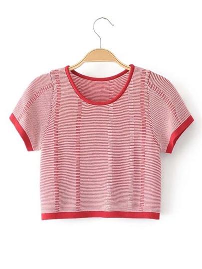 Suéter corta de mangas cortas