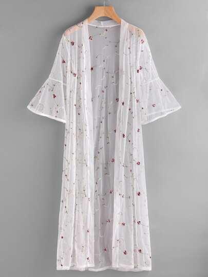 Kimono bordado de manga campanuda