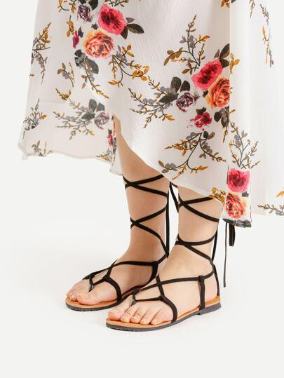 Sandali con incrocio