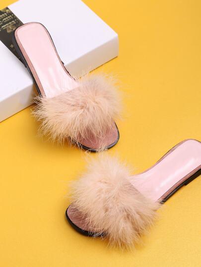 Sandalen mit Kunstpelz-Dekorieren und Flatform