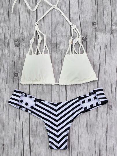 Set di bikini con stampa a strisce