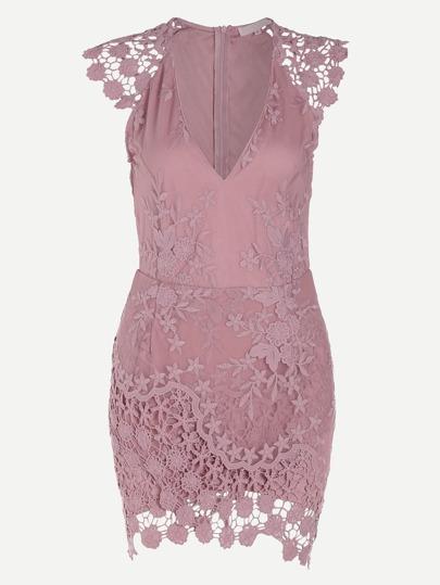 Модное кружевное платье с V-образным вырезом