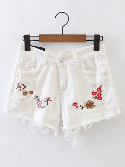 Shorts con detalle de rotura con bordado en denim