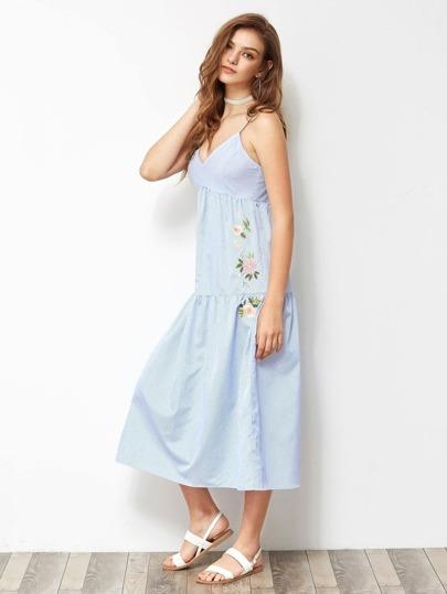 Cami Kleid mit Blumen Stickereien und Streifen