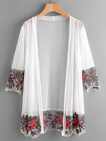 Kimono con bordi all'uncinetto vuoto a contrasto