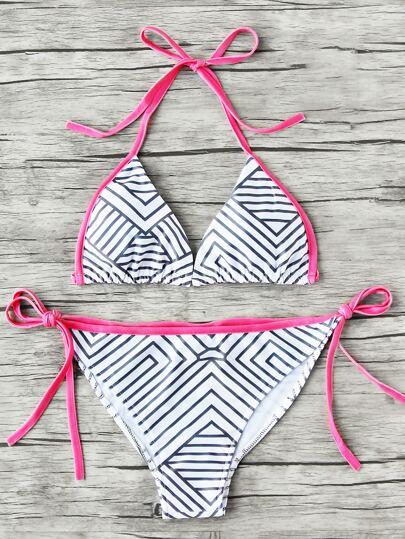 Sets de bikini con cordón lateral con estampado y de rayas