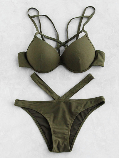 Set di bikini a bustino con cut-out sul davanti