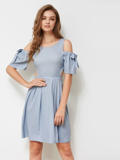 Open Shoulder Bow Tie Detailed Cut Out Dress