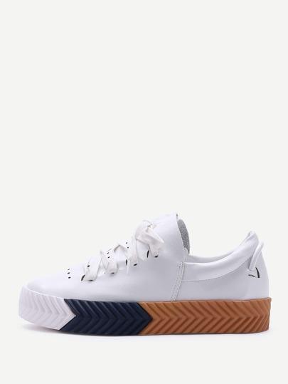 Zapatillas con plataforma de pu con cordones