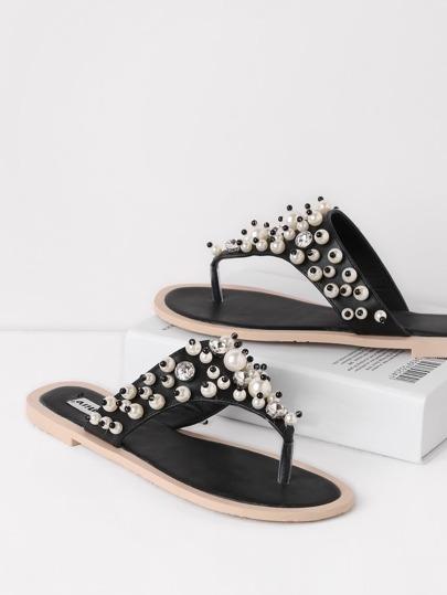 Sandalias con adorno de perla de imitación y tira en el dedo