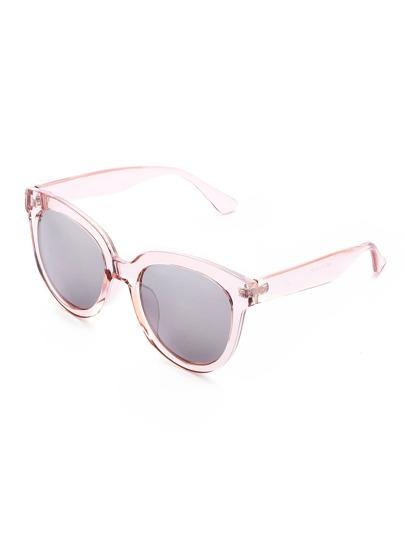 Модные солнечные очки с контрастной оправой