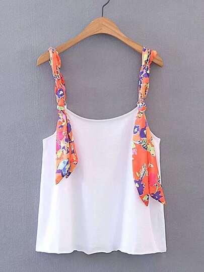 Camisole contrastée imprimée des fleurs à bretelle