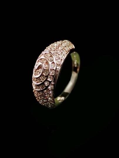 Gold Diamond Pattern Ring
