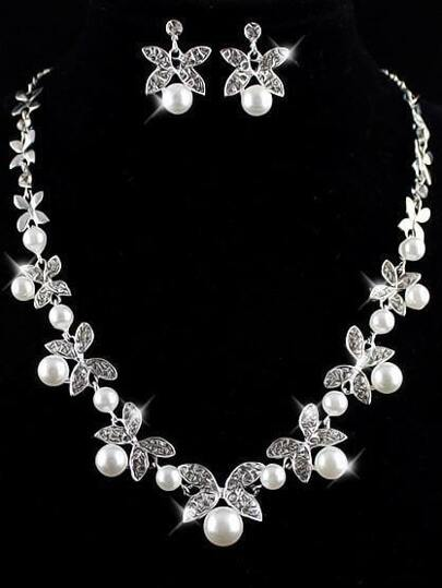 Silver Pearls Leaves Necklace With Earrings
