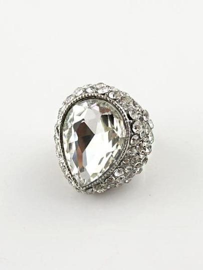 White Gemstone Retro Silver Diamond Ring