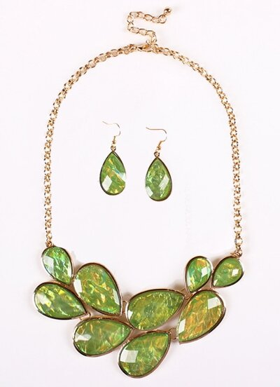 Green Drop Gemstone Gold Chain Necklace With Earrings