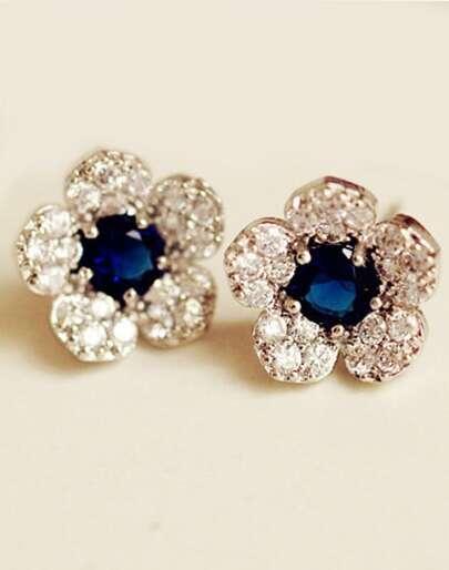 Orecchini a fiore con blu gemme