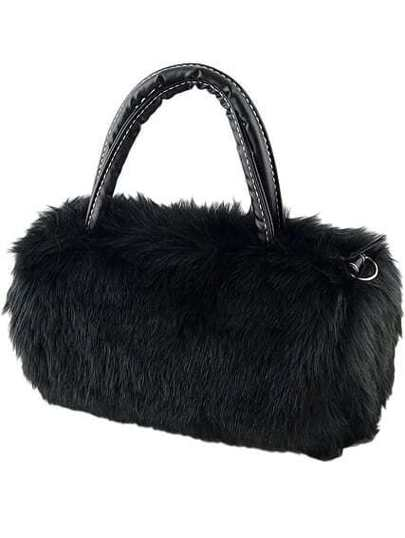 حقيبة فرو سوداء