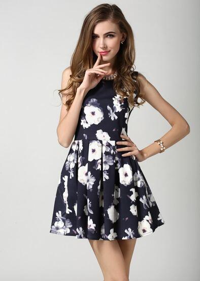 Black Sleeveless Floral Pleated Dress