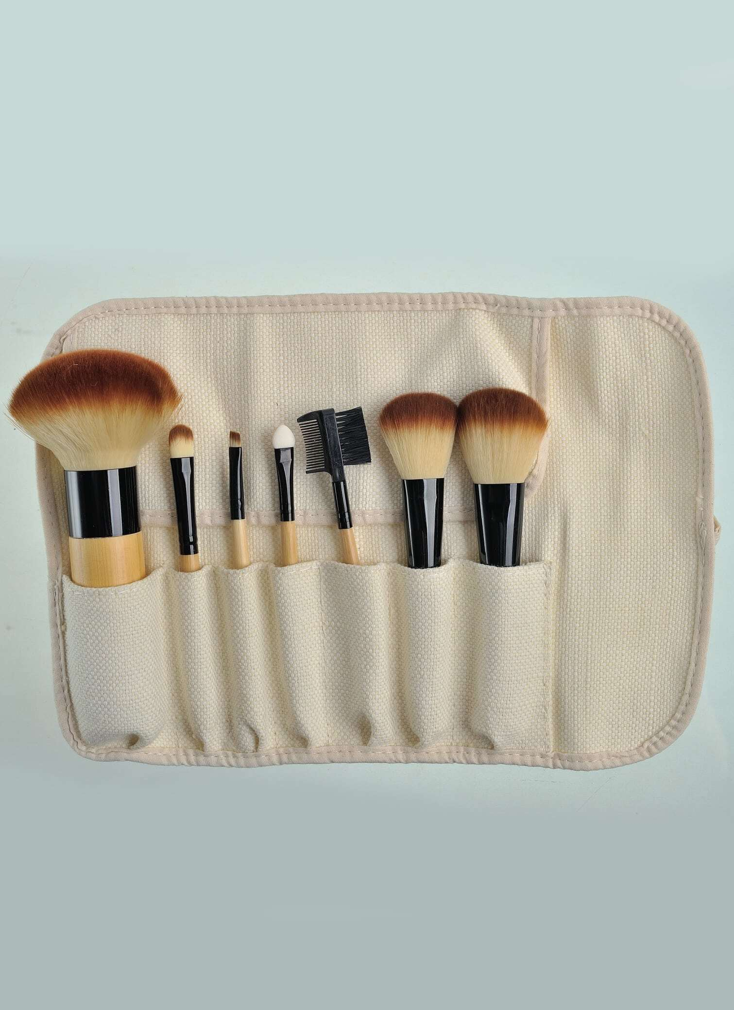7pcs Professional Foundation Eye Shadow Blush Cosmetic Set Tools