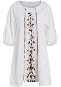 White Half Sleeve Embroidered Loose Dress