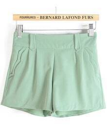 Waves Pockets Green Shorts
