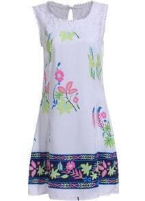White Round Neck Sleeveless Floral Slim Dress