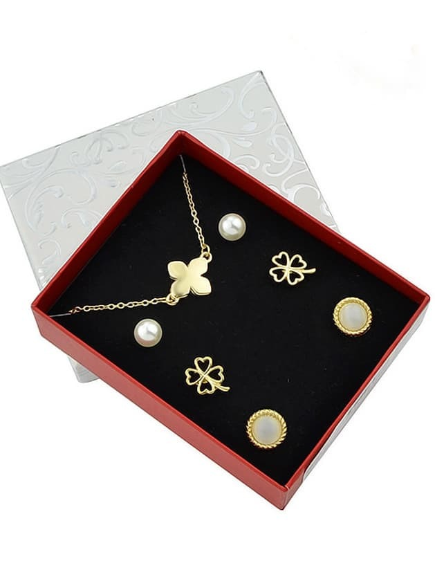 Фото Gold Plated Flower Shaped Jewelry Set. Купить с доставкой
