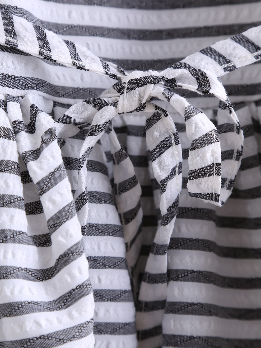 Black White Round Neck Striped Dip Hem Top
