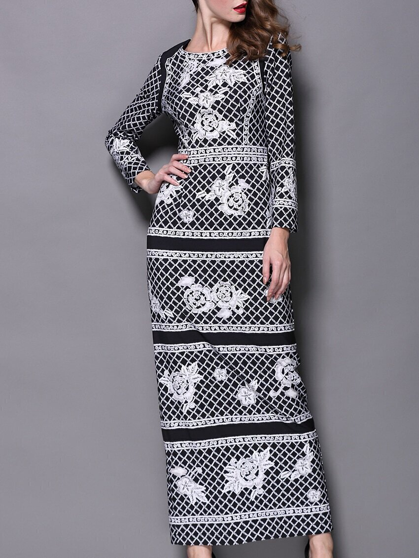 Black Round Neck Long Sleeve Check Print Maxi Dress