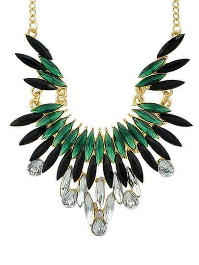 Green Gemstone Beautiful Necklace