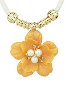 Simple Plastic Flower Orange Pendant Necklace