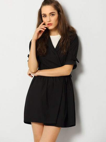 http://www.shein.com/Black-Half-Sleeve-Pockets-Trench-Coat-p-229166-cat-1735.html?aff_id=1285