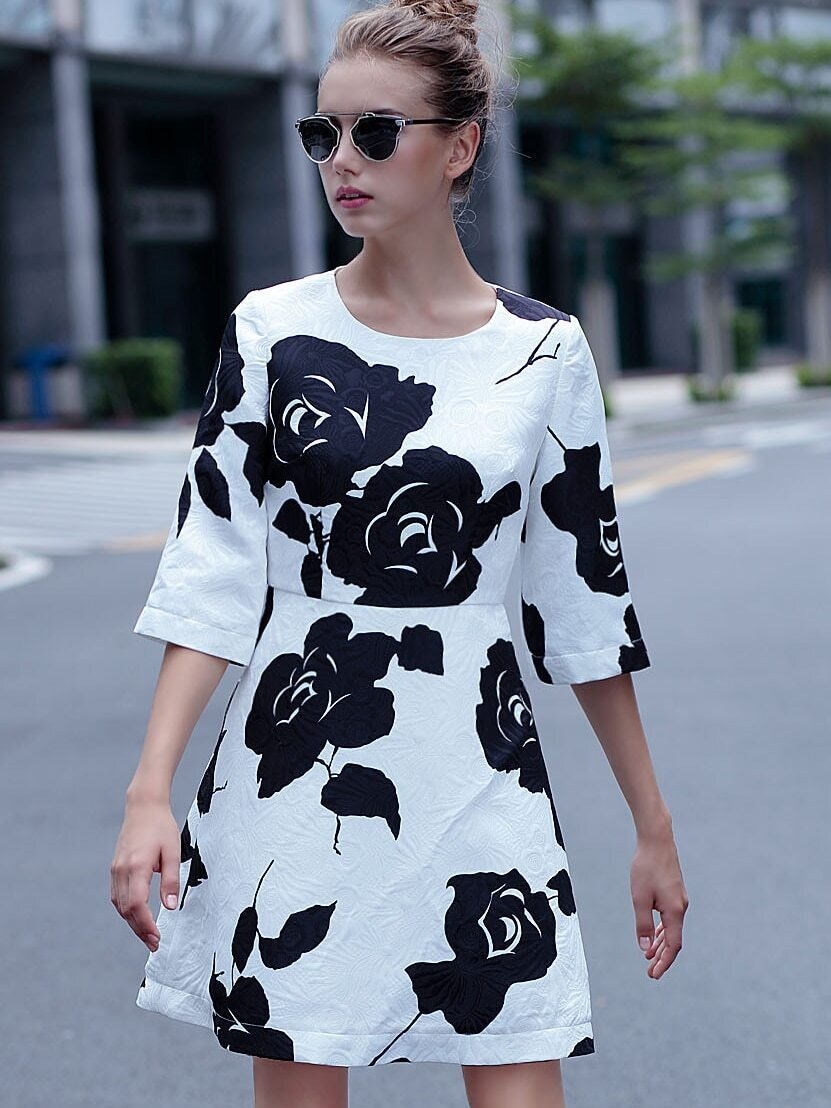 White Round Neck Half Sleeve Jacquard Dress